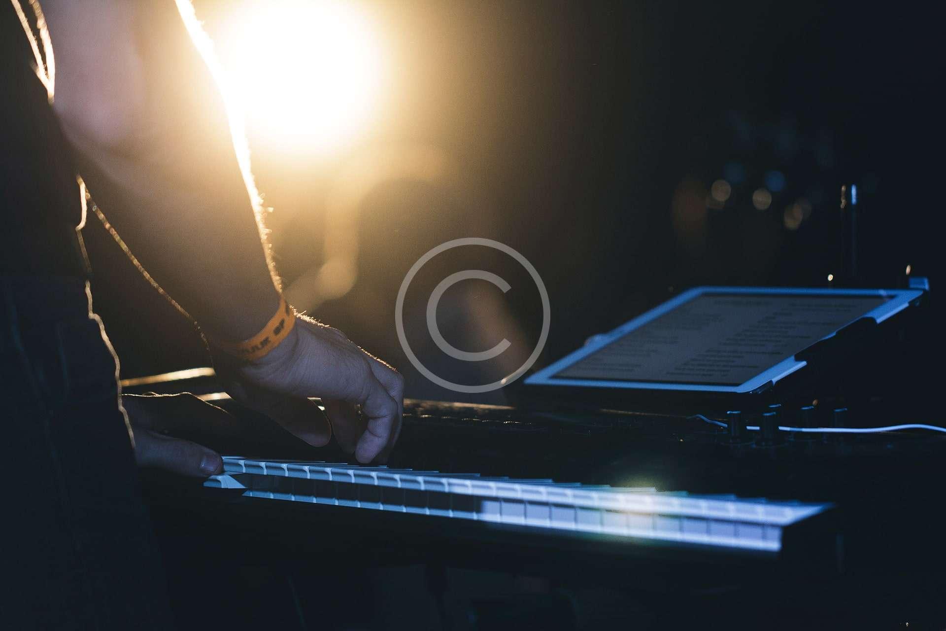 Using Native Instruments in DJ Tracks